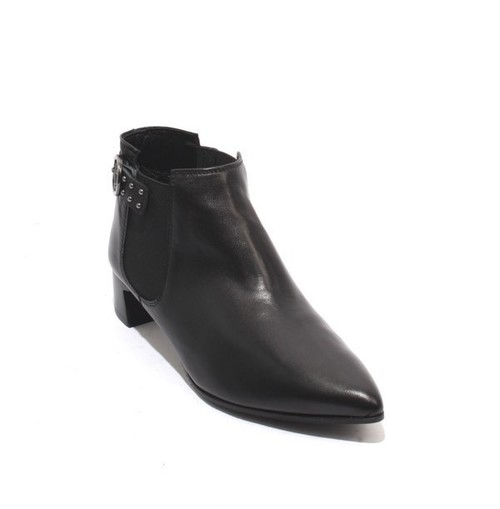 Black Leather Elastic Panels Pointy Toe Buckle Ankle Boots