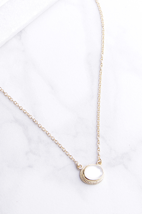 MOP Oval Pendent Necklace - Gold Vermeil