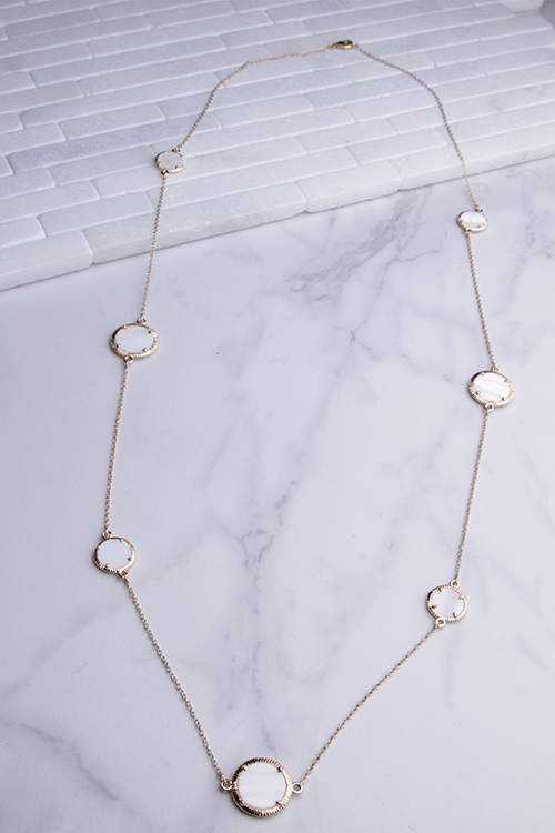 Circle Shell Long Necklace