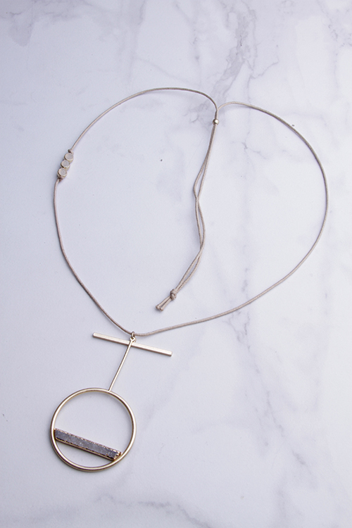 Rope Bar Circle Druzy Necklace