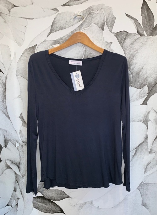 V-Neck Long Sleeve Essentials Tee