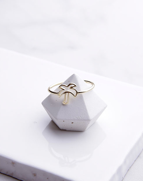 Palm Tree Outline Ring
