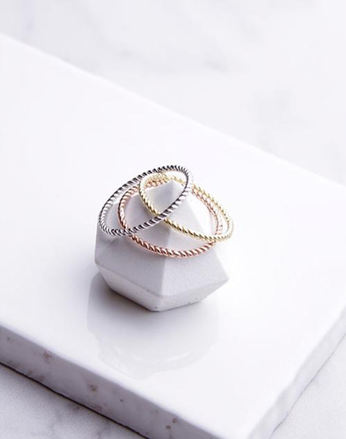 Twist Rope Simple Ring