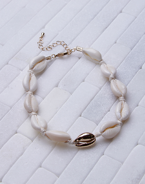 Natural Puka Shell Anklet With Gold Shell