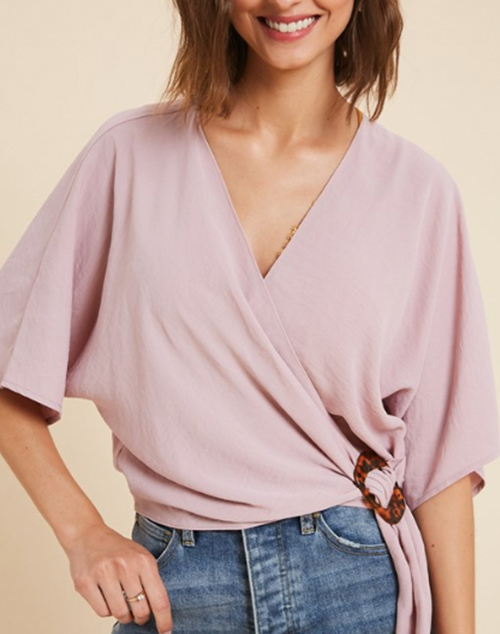 Short Sleeve Wrap Tortoise Circle Top