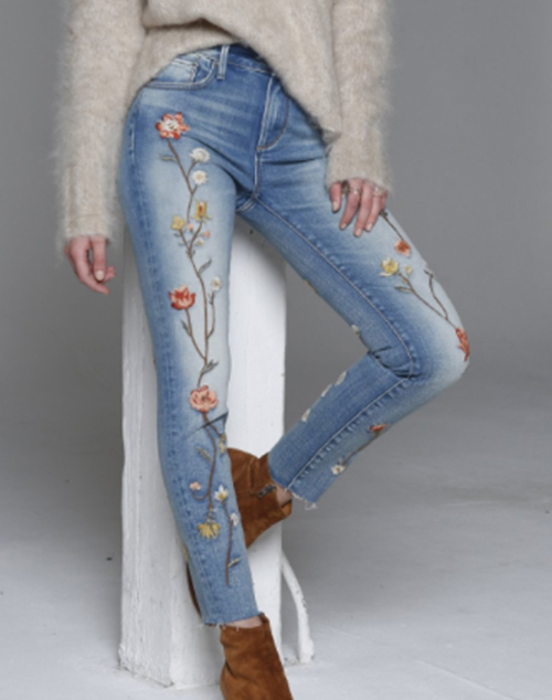 Cut Off Skinny Floral Embroidered Front Denim