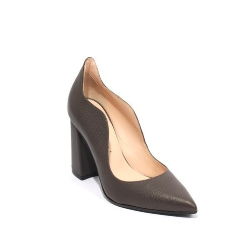Brown Leather Pointy Toe Classic Heel Pumps