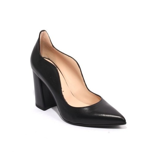 Black Leather Pointy Toe Classic Heel Pumps