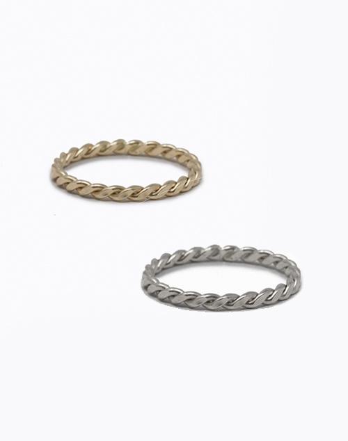 Ivy Ring