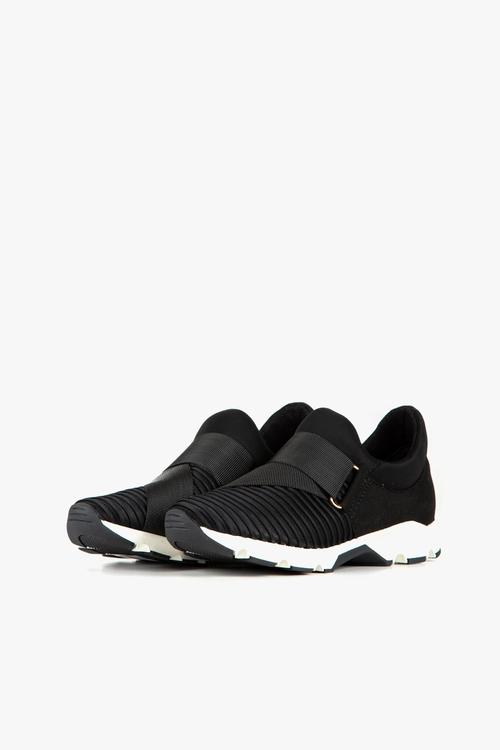 Banded Rib Sneaker