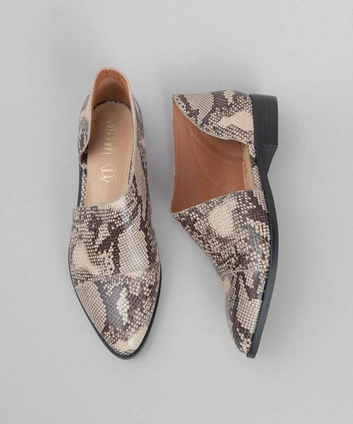The Freya Pointed Toe Flat Snake