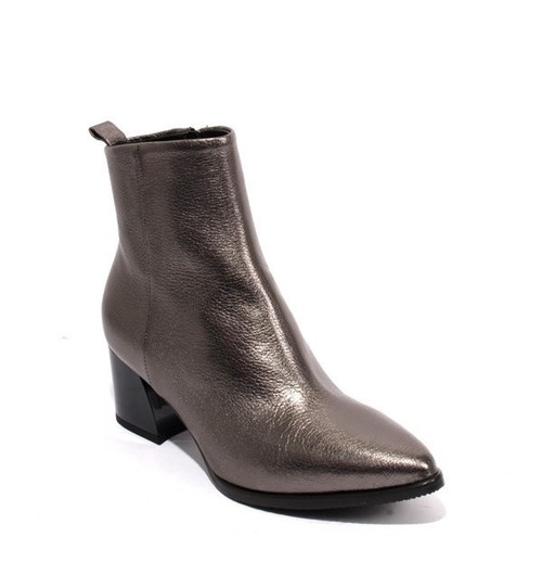 Gray / Silver Leather Pointy Zip-Up Heels Ankle Boots