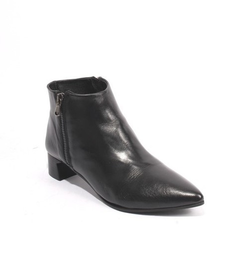 Black Leather Double Zipper Pointy Toe Ankle Boots