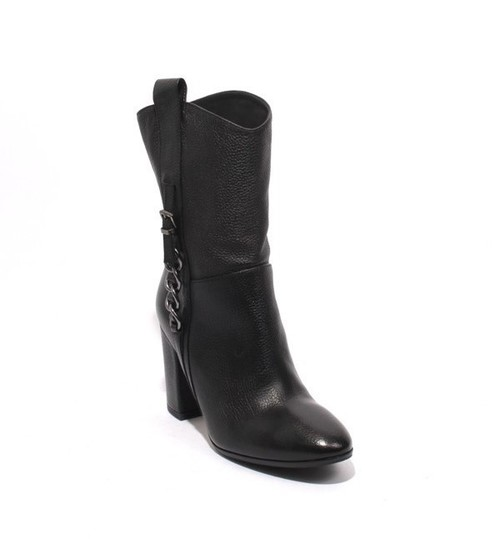 Black Leather Mid-Calf Pull On Heel Boots
