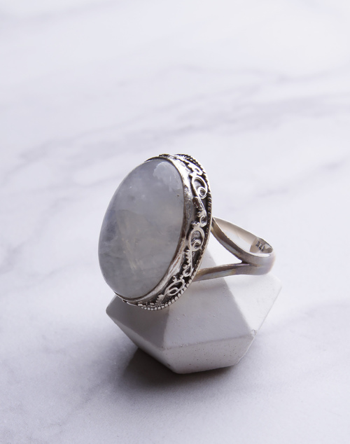 Oval Moon Ring