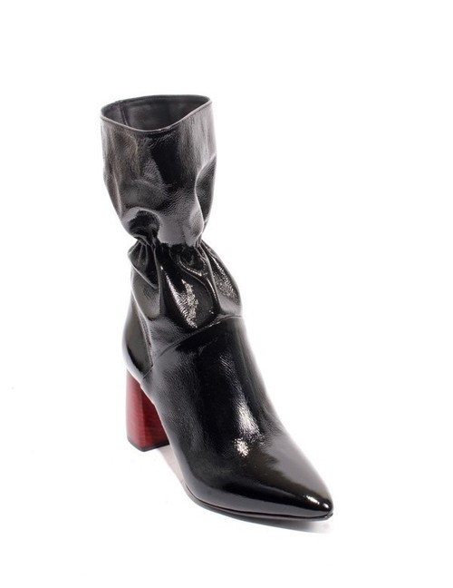 Black Patent Leather Pull On Mid-Calf Heels Boots