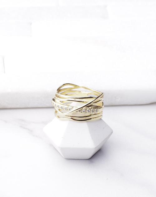 Banded Organic Layered CZ Ring