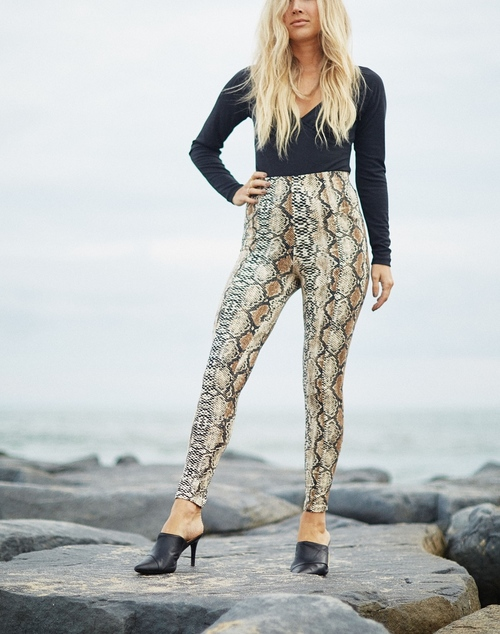 High Waist Fitted Legging