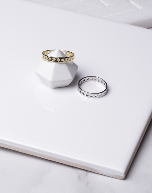 Star Cut Out Band Ring