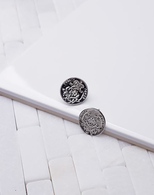 Large Coin Stud