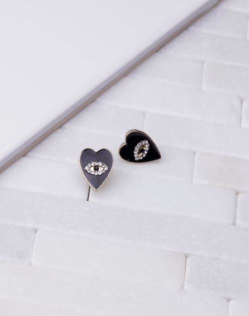 Heart Eye Stud