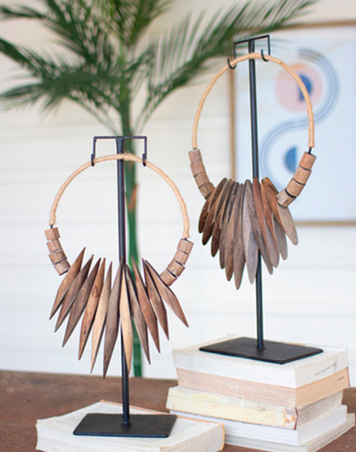 Small Recycled Wood Necklace Art Iron Stand