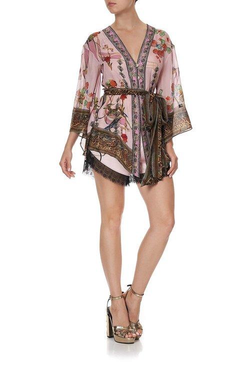Kimono w/ shoulder inserts
