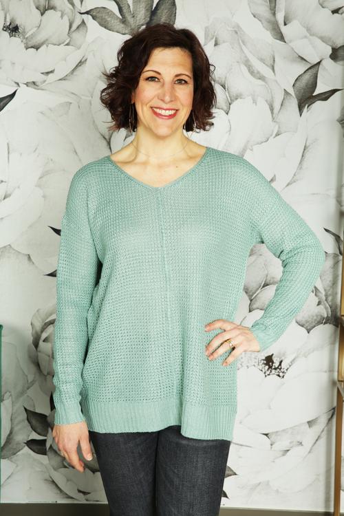 Nenette Side Slit Pullover