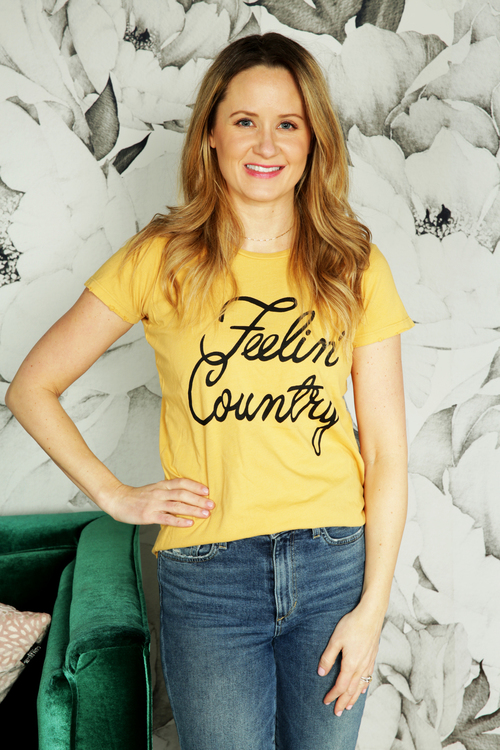 Feelin' Country Graphic Tee