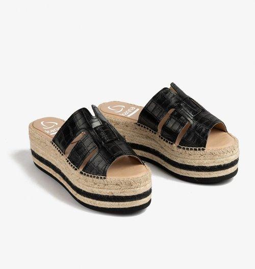Croc Embossed Platform Sandal