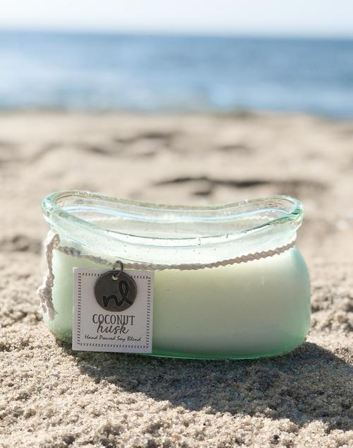Windward Boat 14 oz Candle - Coconut Husk