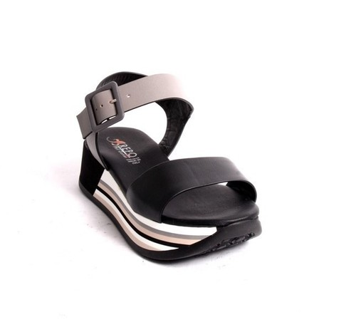 Black Gray Leather Strappy Platform Sandal