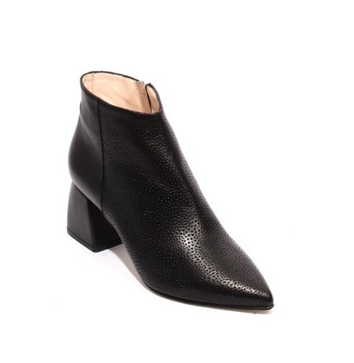 Black Leather Zip Pointy Toe Ankle Heel Boots