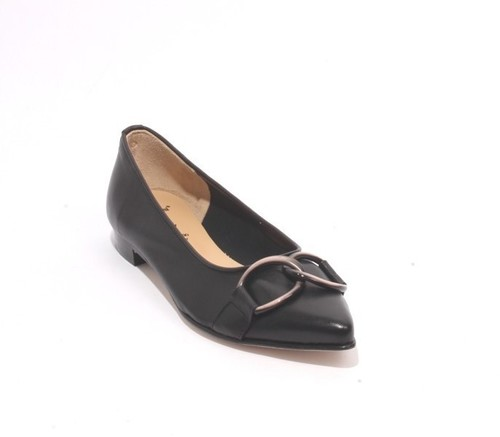 Black Beige Leather Pointy Toe Buckle Flat Shoes
