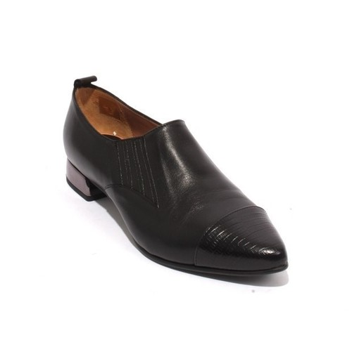 Black Leather Elastic / Pointed Toe Shoes
