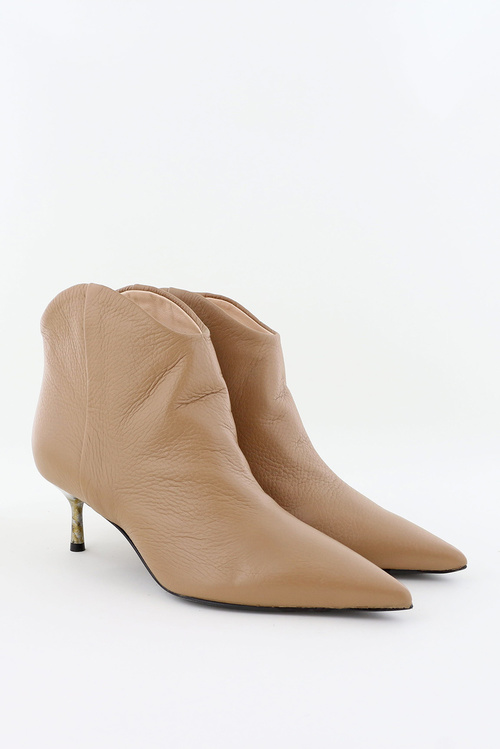 Leather Bootie Chewy-Heel