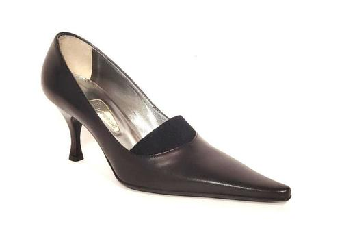 Black Leather Pointy Pumps