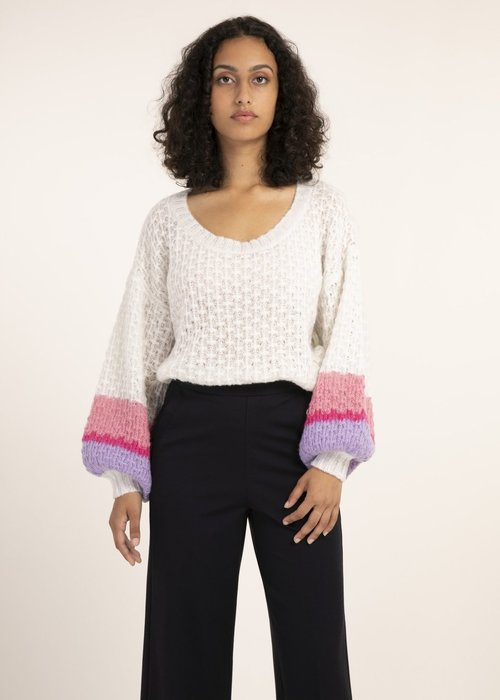 Basket Weave Color Block Sweater Cream