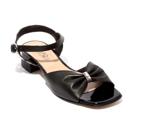 Black Leather Comfort Heels Sandals