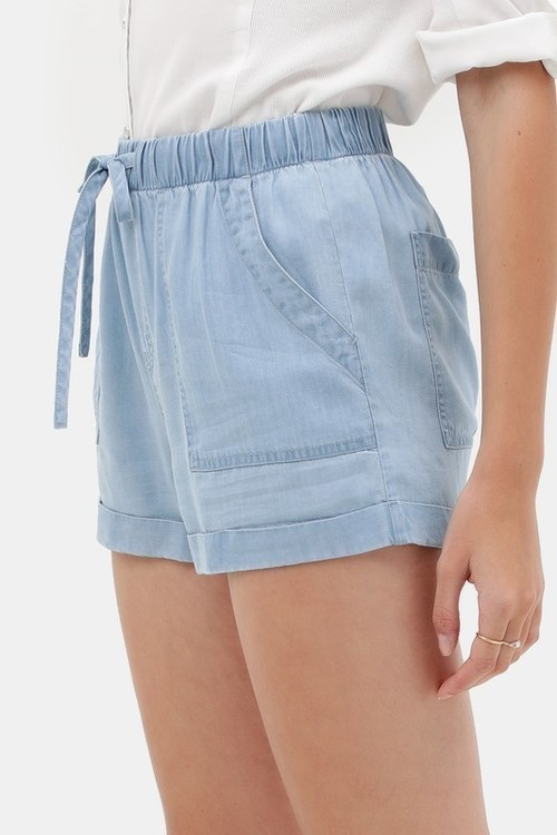 Tencel Denim Patch Pocket Shorts Light Blue