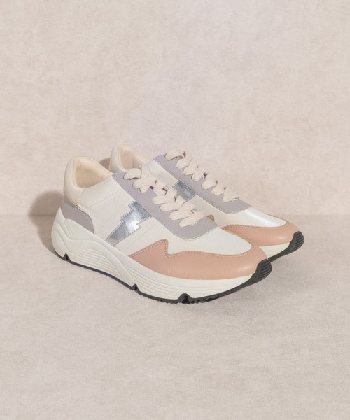 Beverly Sporty Lightning Bolt Sneaker Peach