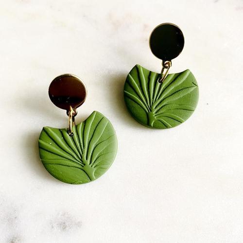 Textured Birdie Olive Green Earrings