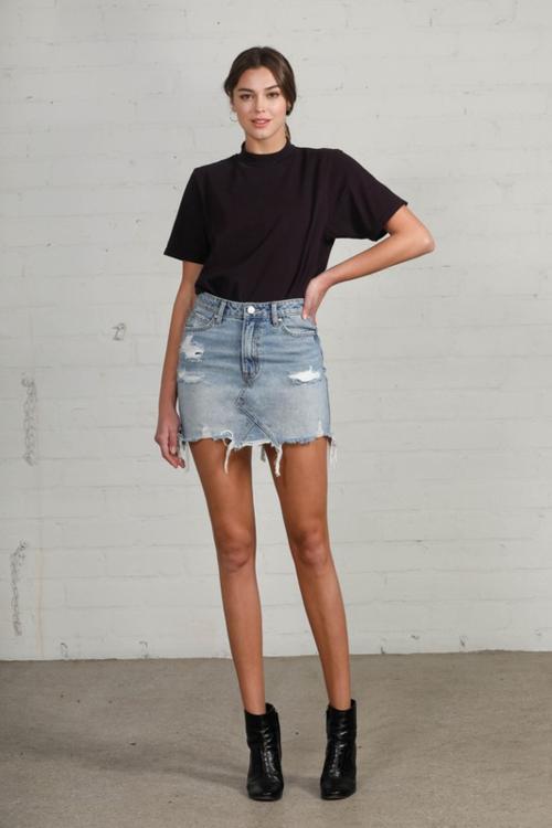 Hi-Waisted Denim Mini Skirt Medium Wash