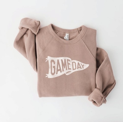 Gameday Graphic Pullover