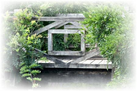 bbrug voor in de tuin