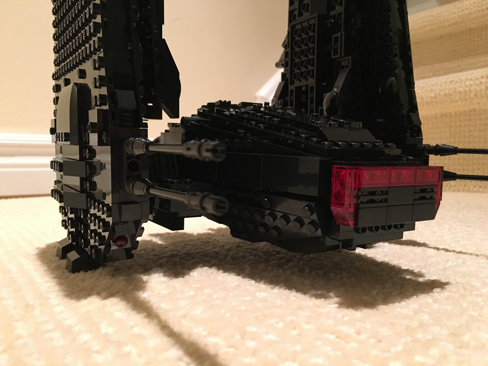 REVIEW: 75104 Kylo Ren's Command Shuttle - LEGO Star Wars ... | 1512x2016