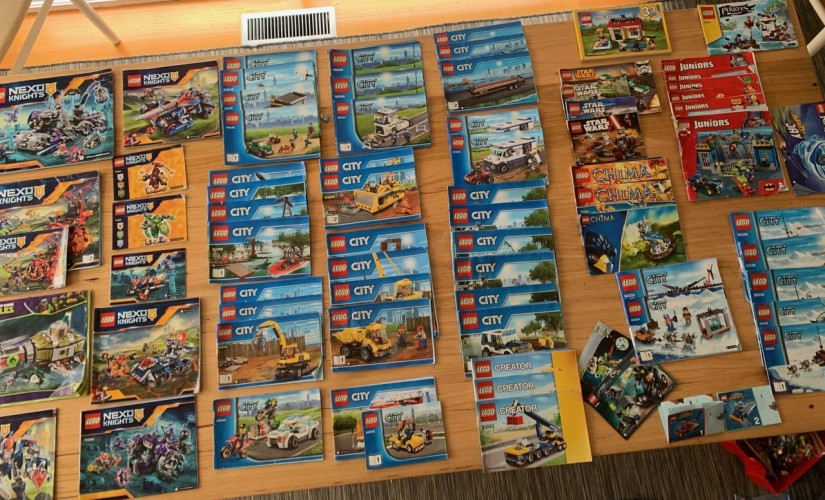 15108301_LEGOCollection-1.thumb.jpg.61be0ddc6e4b12f98c31c68dbd9ba5bb.jpg