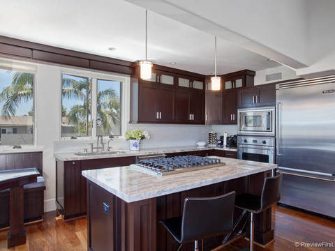 2210 Third Avenue, Corona Del Mar