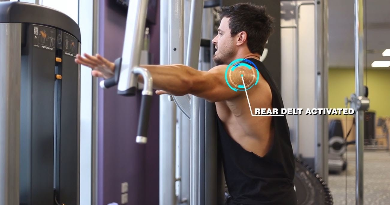 Master-the-Rear-Delt-Combo-Best-Shoulder-Training-Tips-BPI-Sports