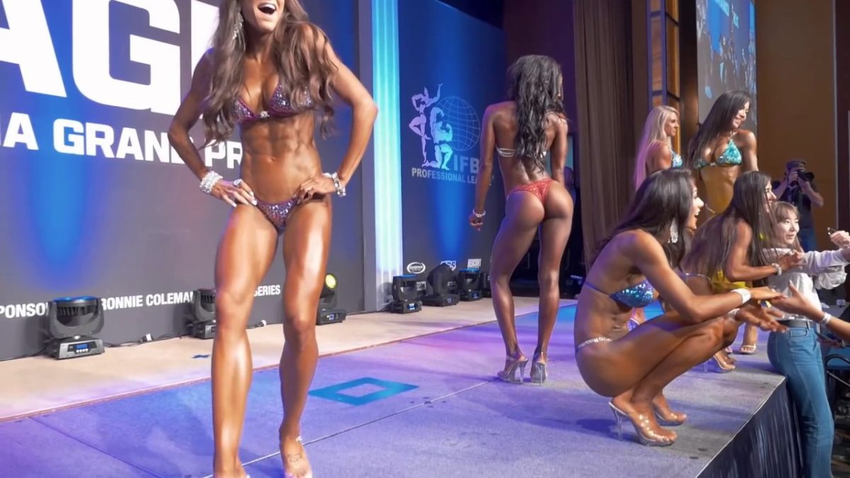 5-Tips-to-Become-IFBB-Pro-from-Ms.-Bikini-Olympia-Courtney-King